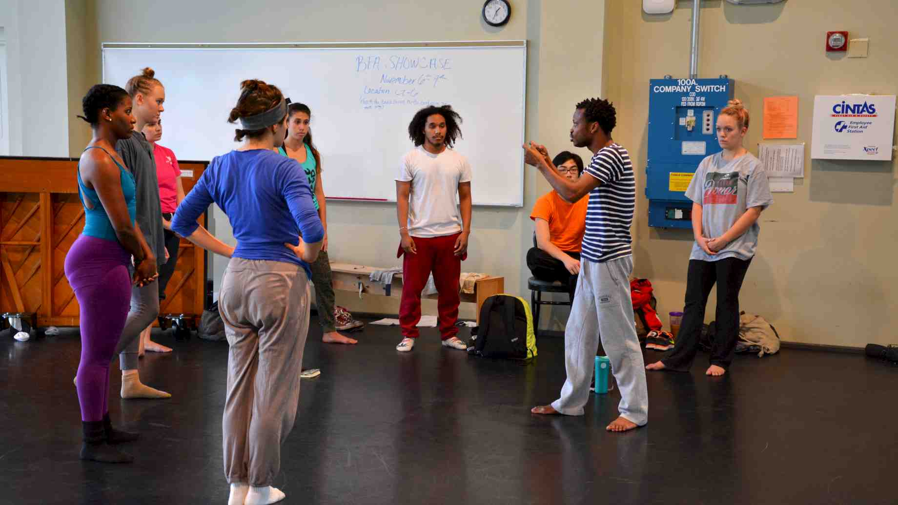 "Faustin Linyekula teaching composition to students during the ""Look Back, Dance Forward"" residency, November 2014."